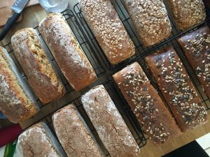Brot backen im Lehmofen @ BIO-Kräutergarten Elke Piff